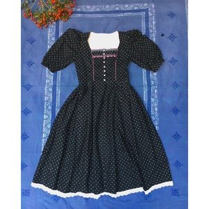 Vintage Midi Dirndl Austrian Dress